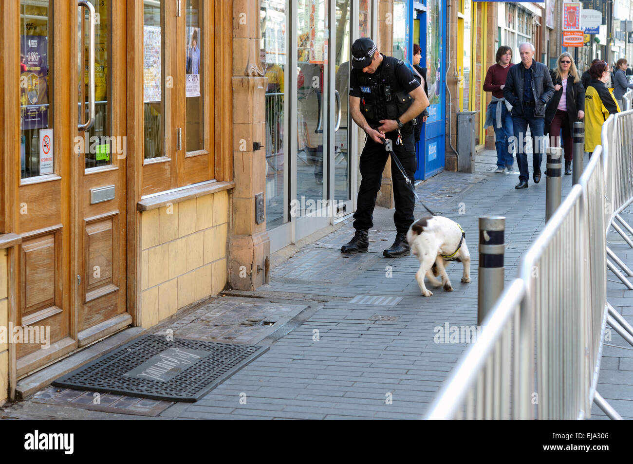Police With Sniffer Dogs Leicester City Center - Stock Image