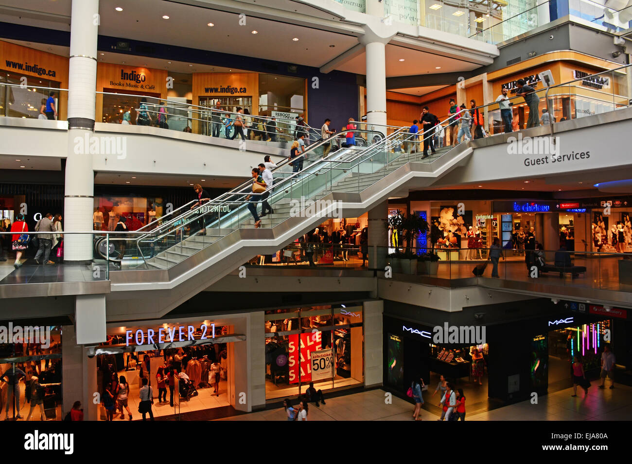 eaton center Nike - the eaton center in toronto, on m5b 2h1 phone number: 416-591-0325.