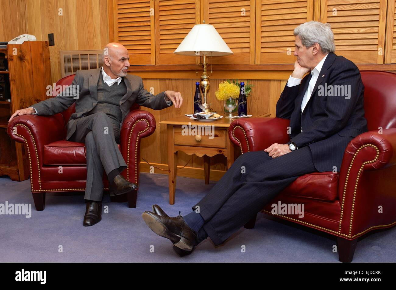 US Secretary of State John Kerry meets with Afghan President Ashraf Ghani during U.S.-Afghan dialogues about security, - Stock Image