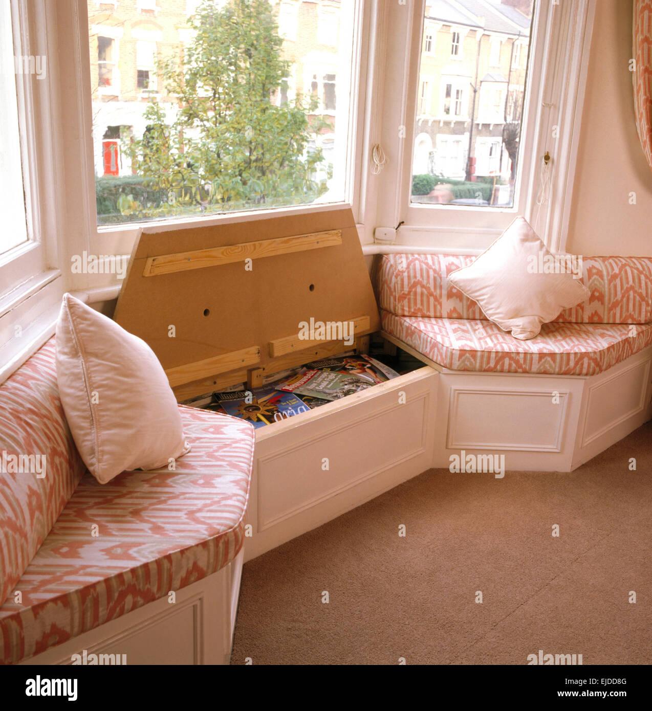 Superb Window Seat With Built In Storage In Eighties Living Room Uwap Interior Chair Design Uwaporg