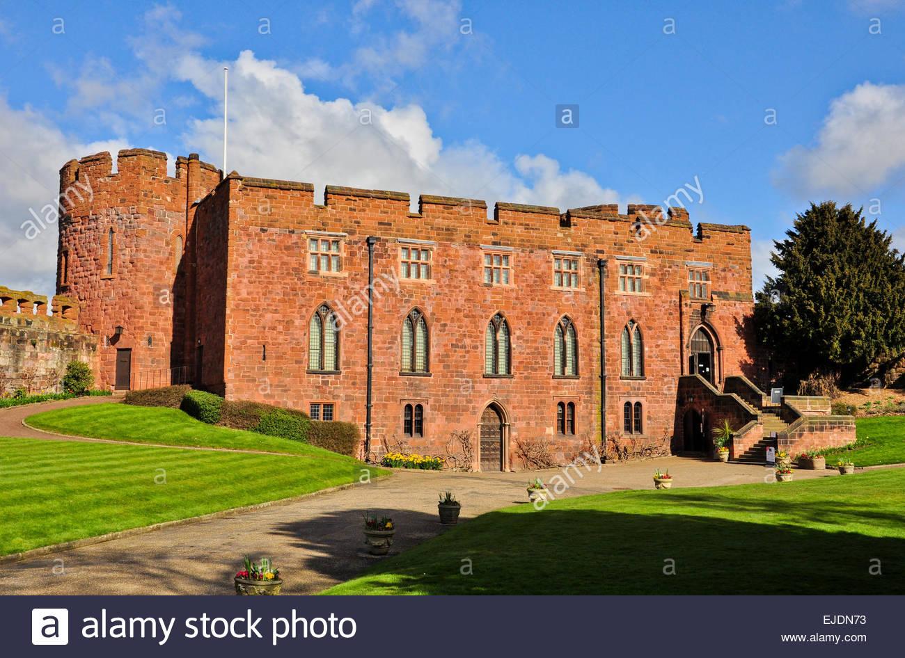 Shrewsbury's Sandstone Castle shining brightly in the Spring Sunshine, Shropshire, UK - Stock Image