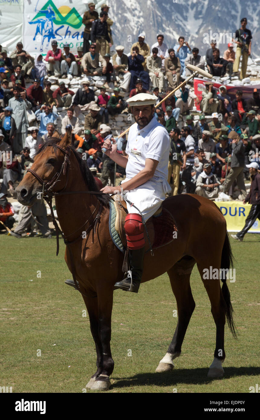 Rival polo teams from Chitral and Gilgit compete during the worlds highest polo match on the Shandur Pass, Chitral, - Stock Image