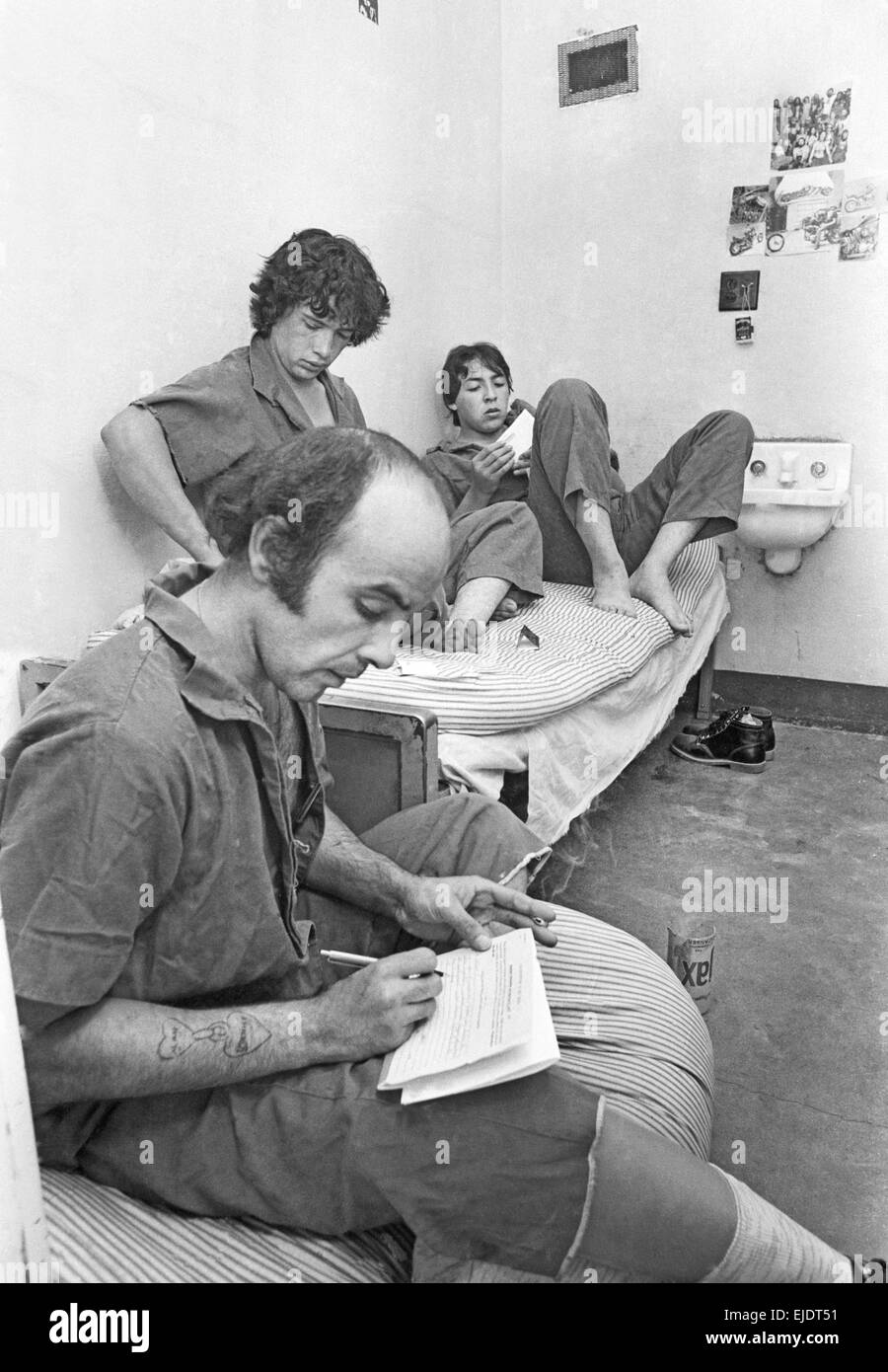 Maximum security prisoners in overcrowded cells at the New Mexico State Penitentiary near Santa Fe, New Mexico, - Stock Image