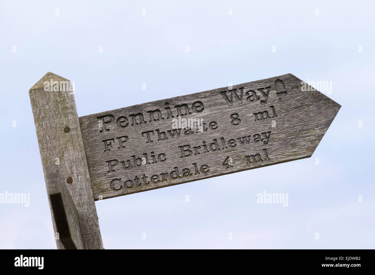 Sign on the Pennine Way footpath at Hardraw near Hawes, Yorkshire Dales, England UK - Stock Image