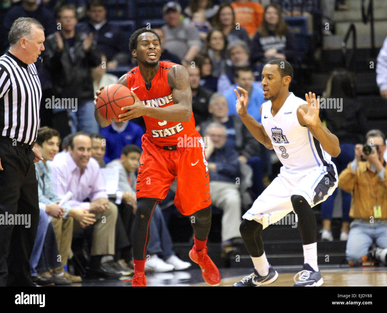 Norfolk, VA., USA. 23rd March, 2015. NCAA Basketball 2015: Illinois State Redbirds guard Daishon Knight (3) and - Stock Image