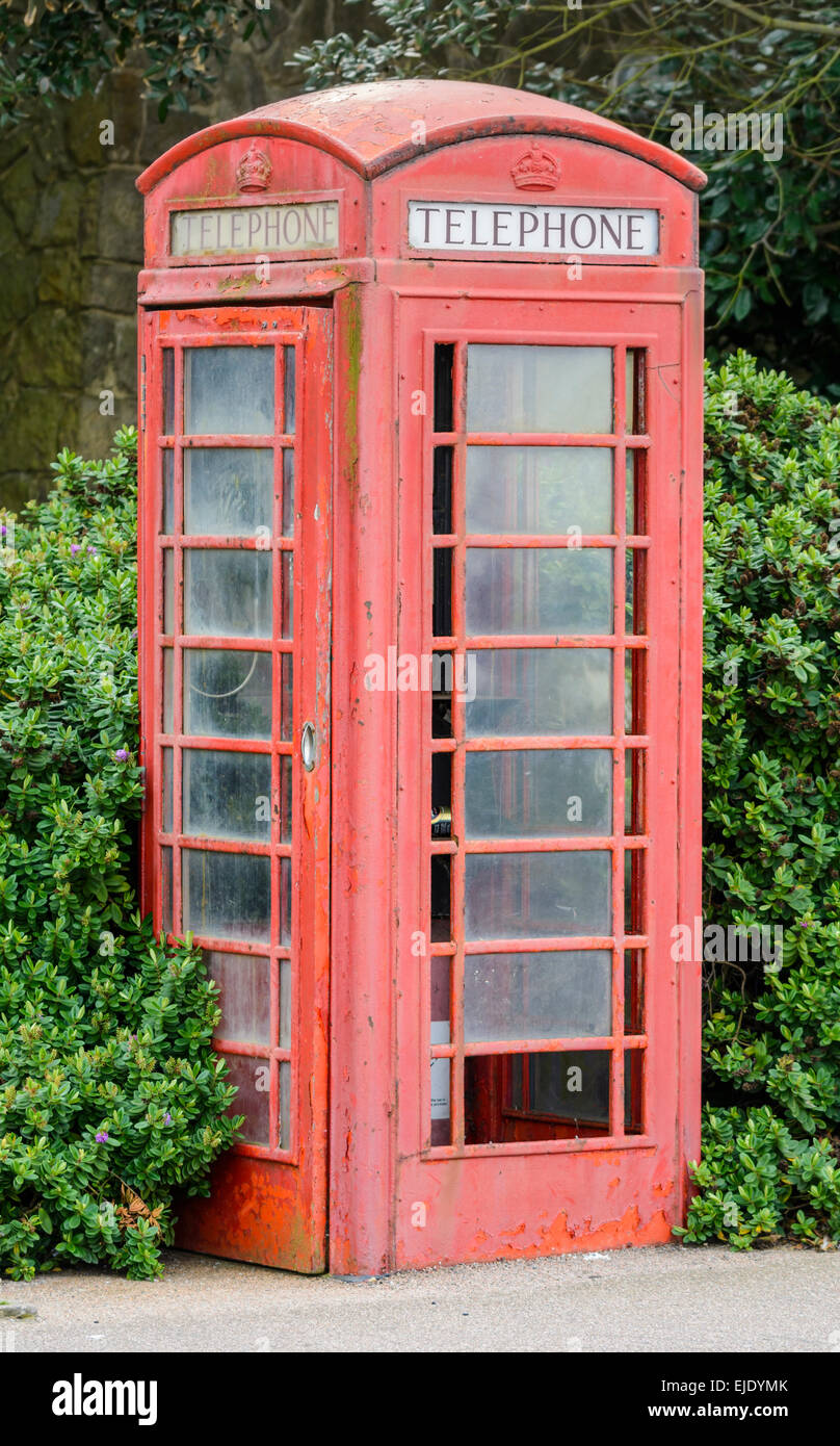 K6 red British Telecom telephone box in Littlehampton, West Sussex, England, UK. - Stock Image