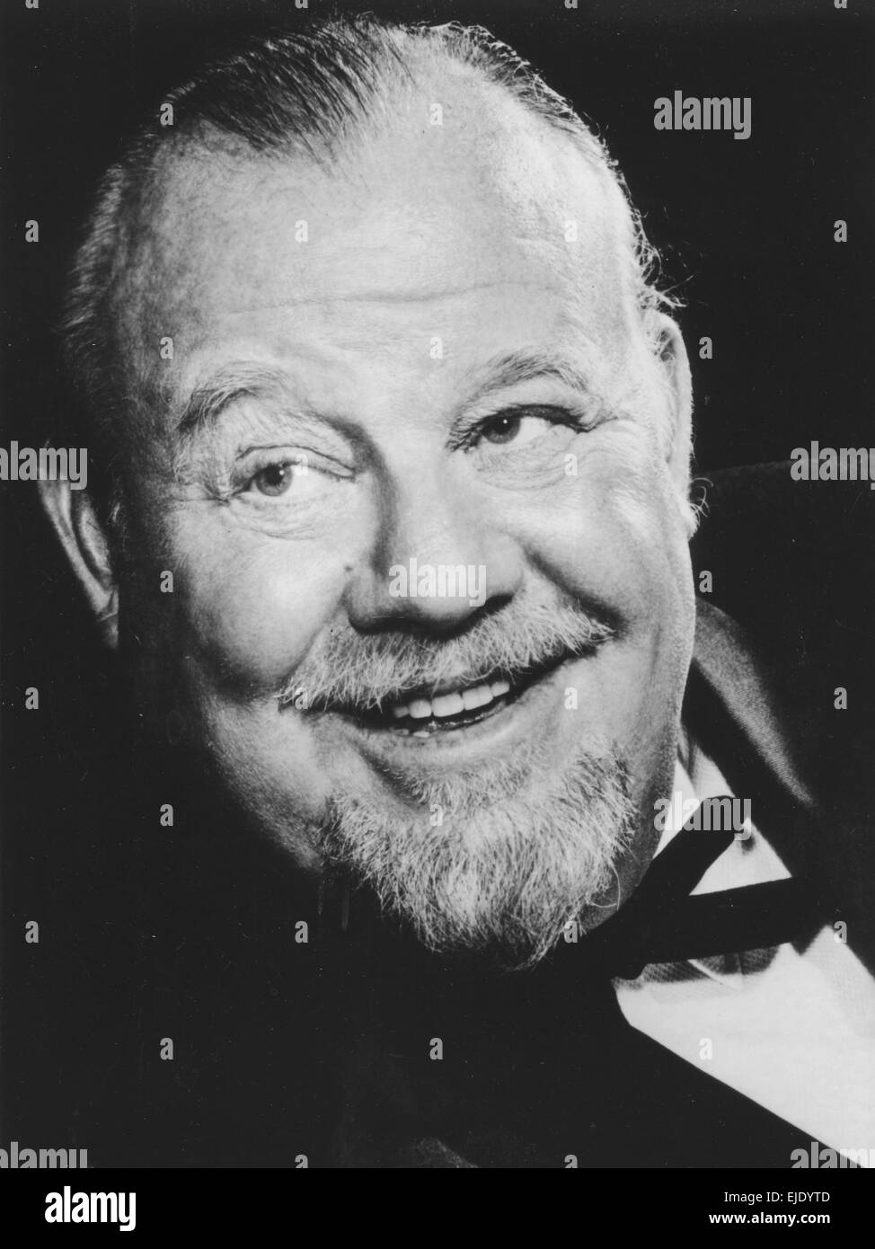 BURL IVES (1909-1995) Promotional photo of US actor and folk singer about 1958 - Stock Image