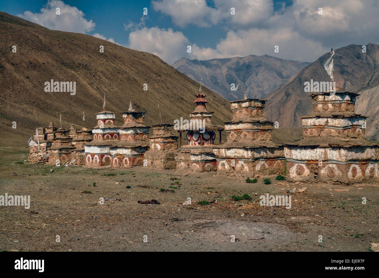 Scenic old shrines in Himalayas mountains in Nepal - Stock Image