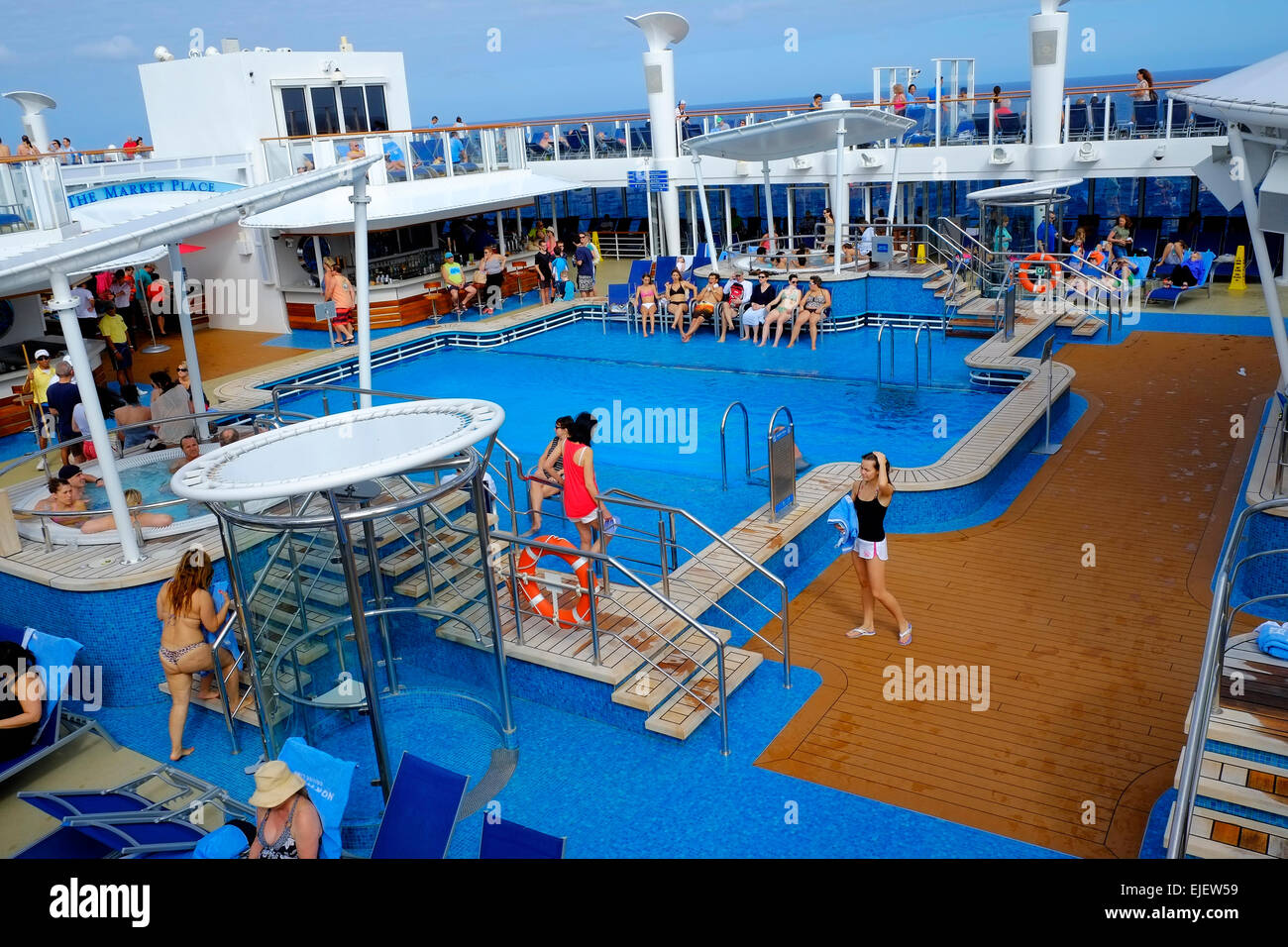 Cruising Southern Caribbean on the Norwegian Getaway cruise ship - Stock Image