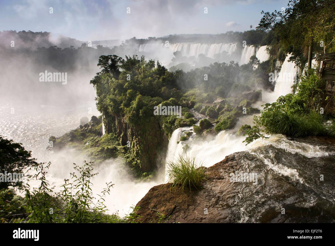Argentina, Iguazu Falls, Saltars, San Martin, Mbigua and Bernabe Mendez waterfalls - Stock Image