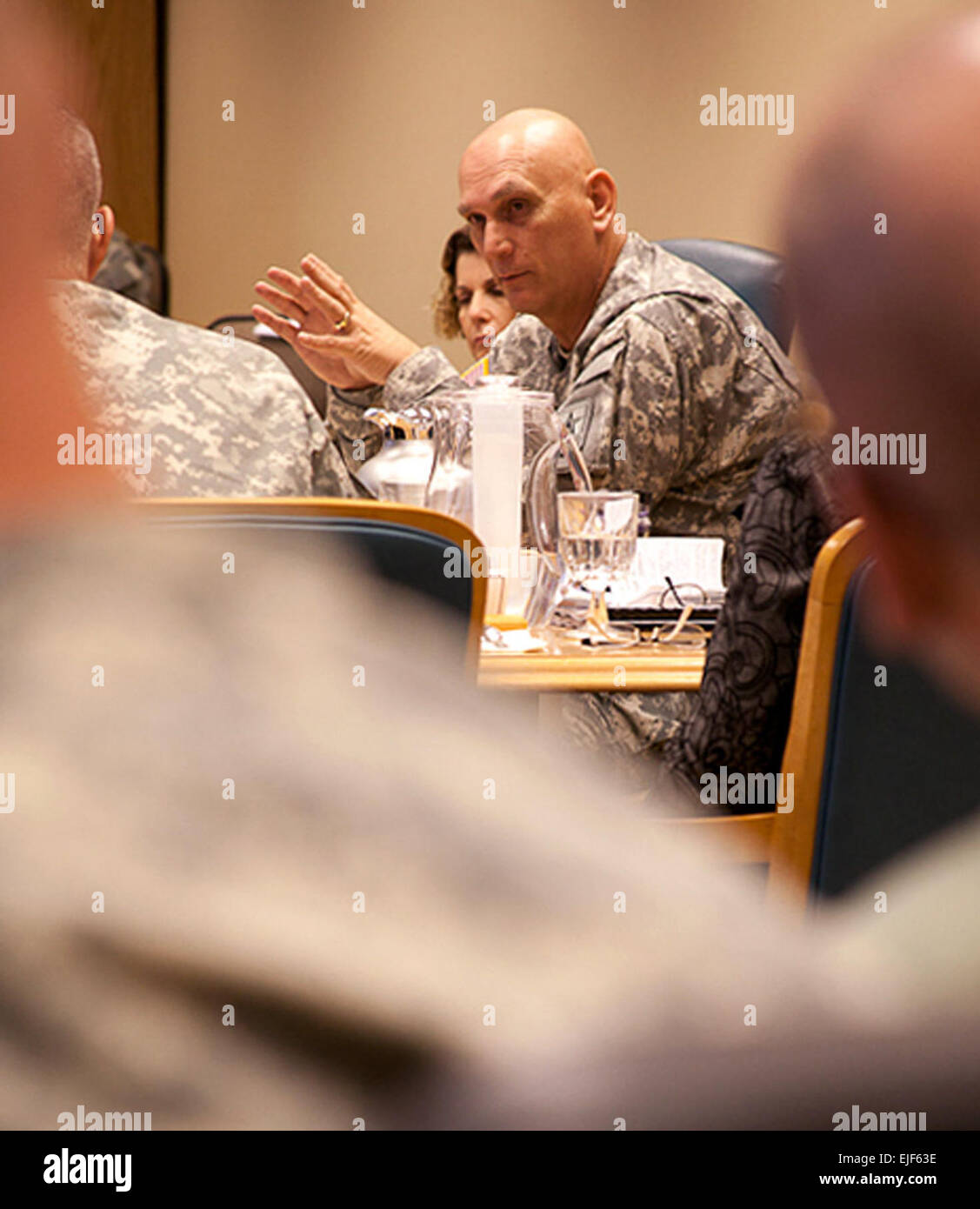 Gen. Raymond T. Odierno speaks to members of the U.S. Army Alaska staff during a Jan. 20 visit to Joint Base Elmendorf Stock Photo