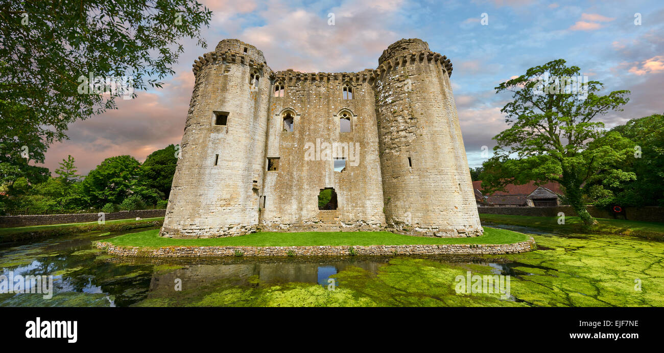 Nunney medieval moated castle, Nunney, Somerset England Stock Photo
