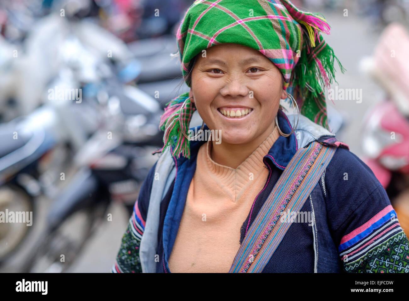Hmong woman at a market in Sapa, Vietnam Stock Photo