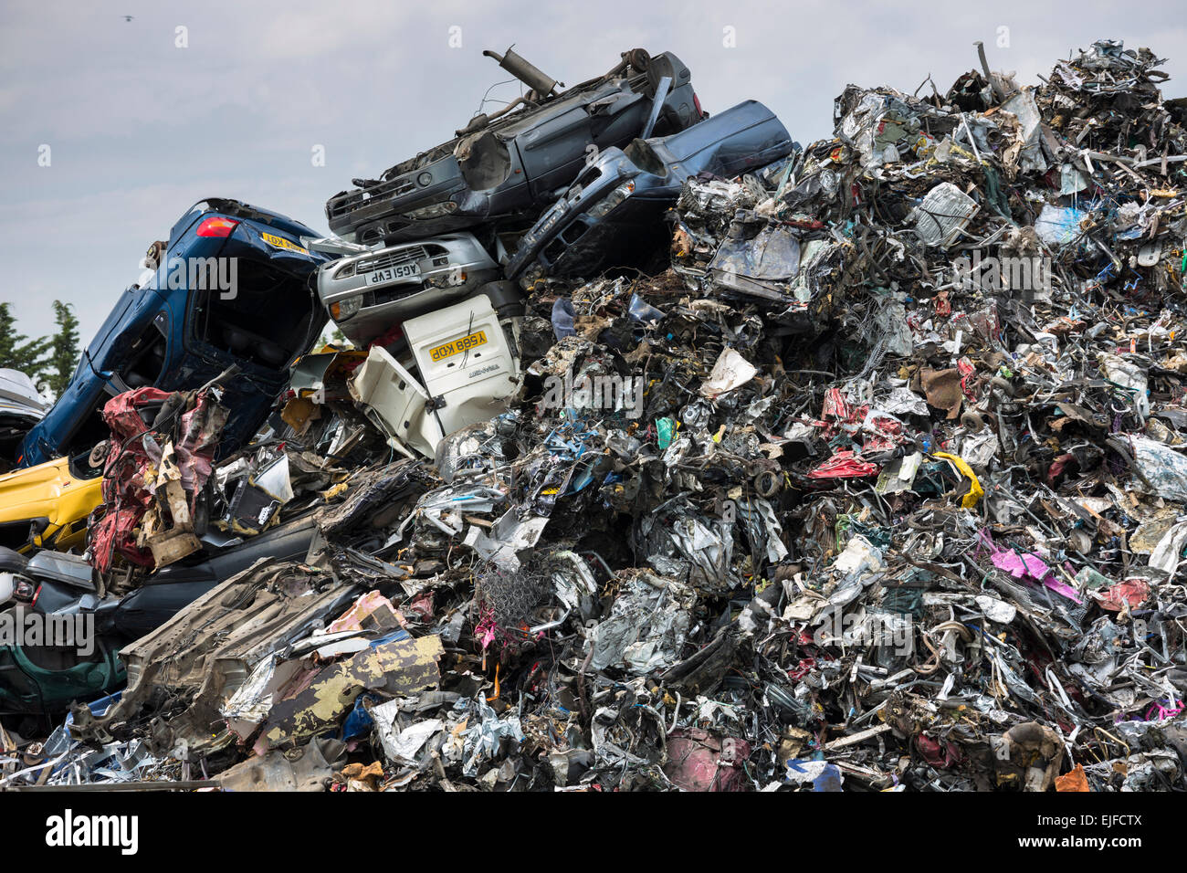 Metal recycling of cars, autos and other scrap metal to avoid Stock ...