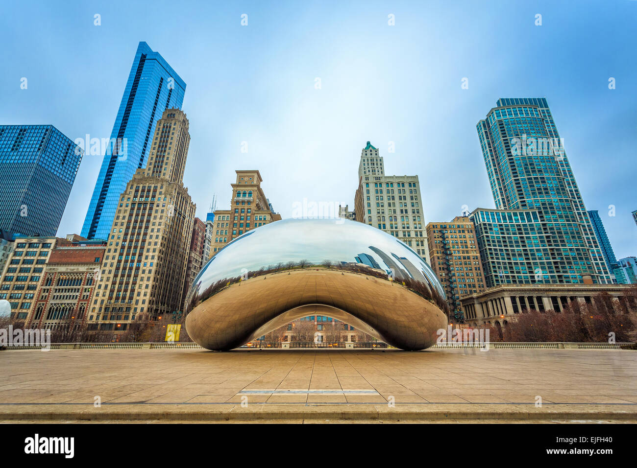 Cloud Gate in a cloudy weather - Stock Image