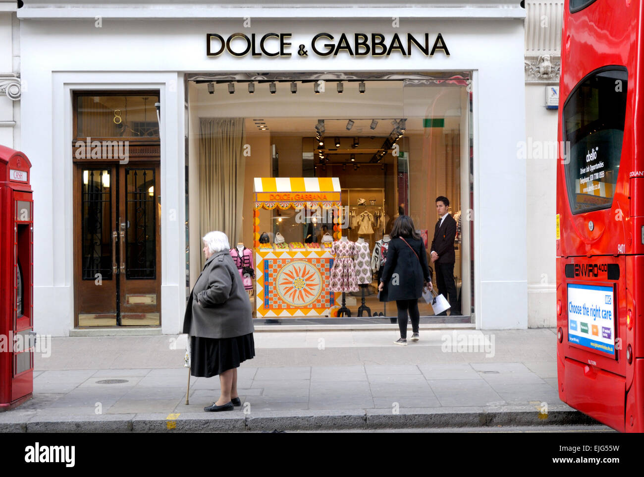 London, England, UK. Dolce & Gabbana shop on Sloane Street, Knightsbridge. - Stock Image