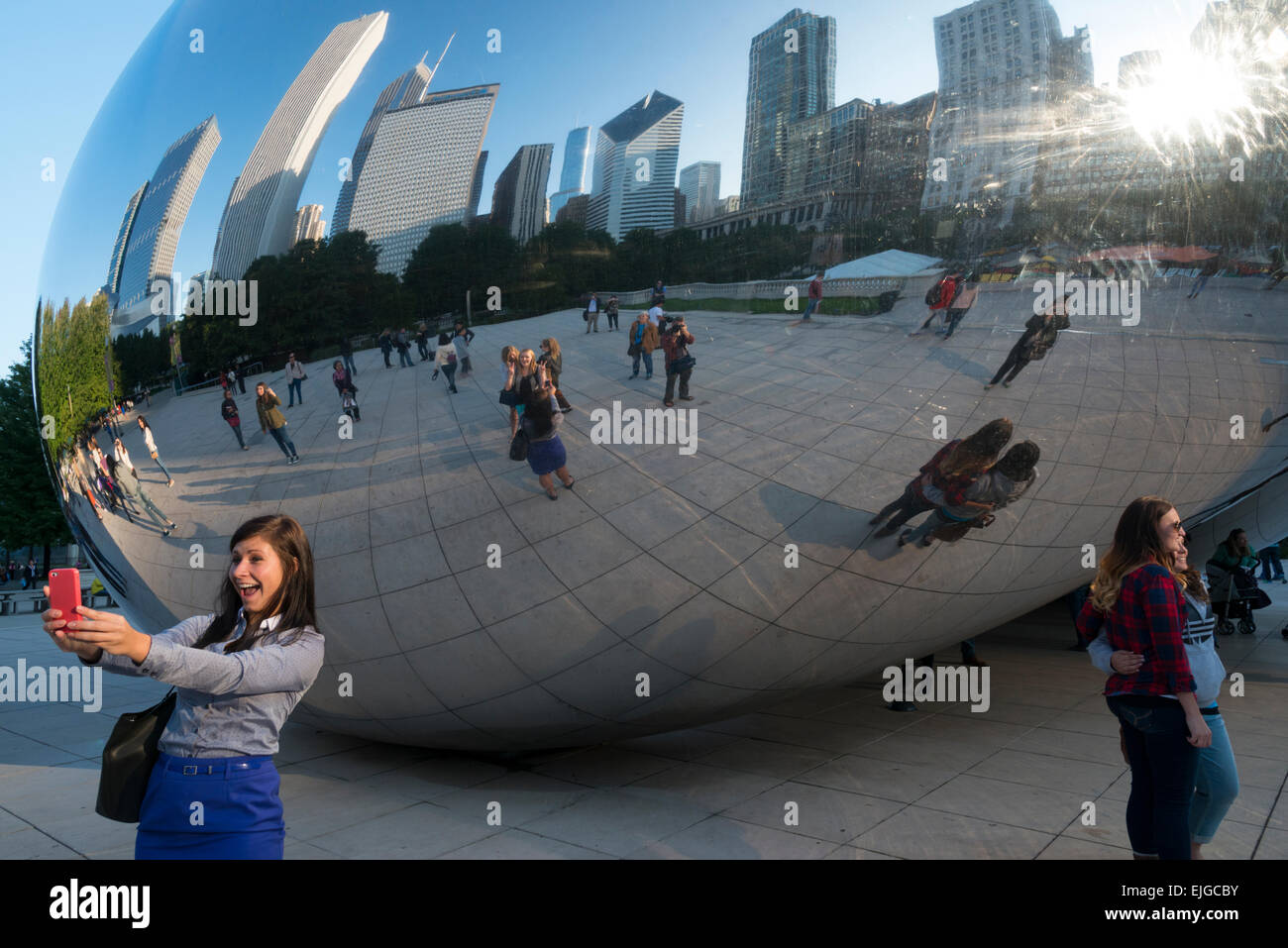 The Cloud Gate sculpture by Anish Kapoor. Millennium Park. Chicago. illinois. USA. - Stock Image