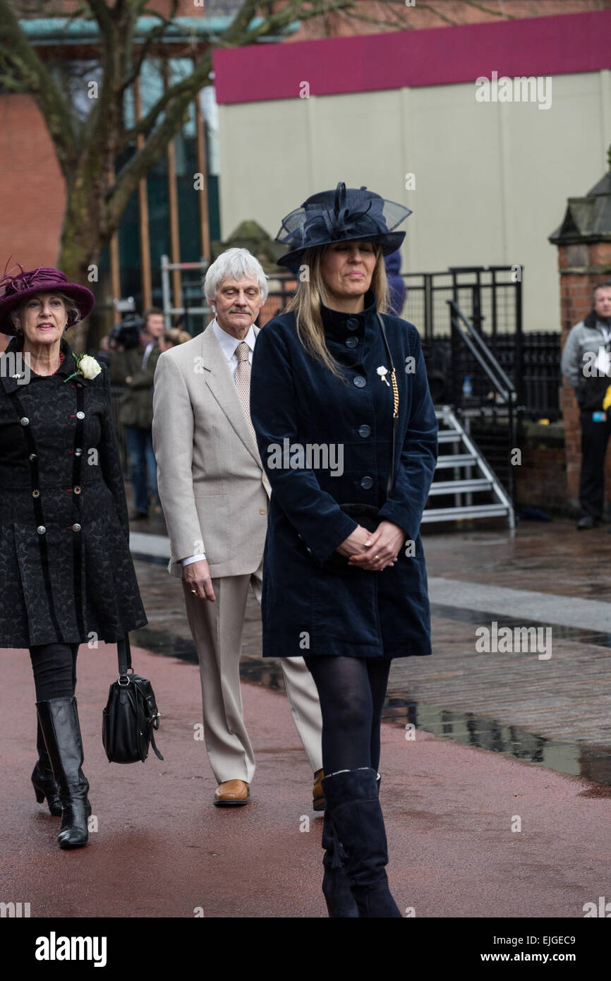 Leicester, UK. 26th March 2015. Philippa Langley leads the procession of celebrities followed by Dr John Ashdown - Stock Image