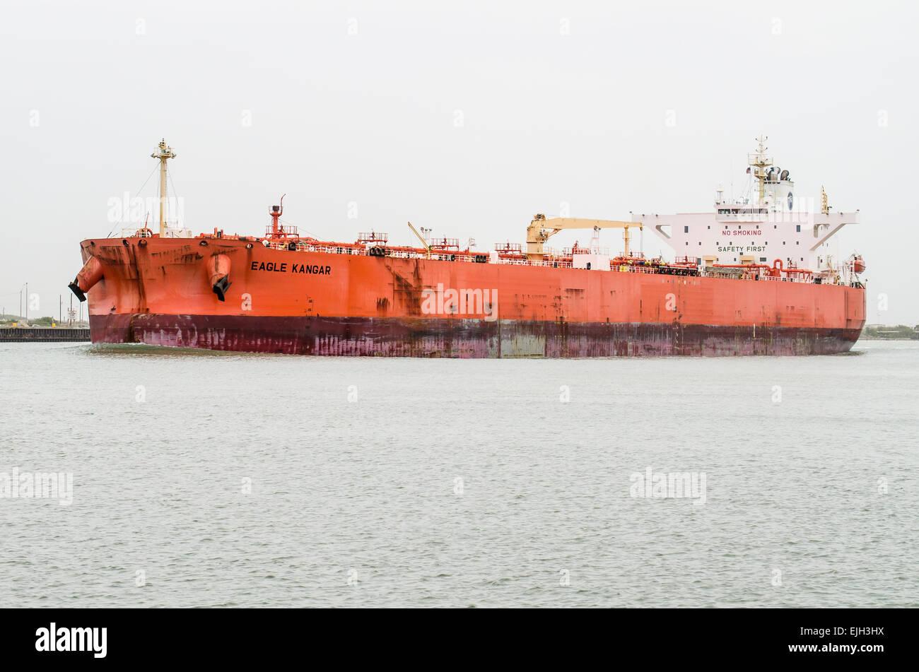 EAGLE KANGAR CRUDE OIL TANKER Gross Tonnage: 60379 Built: 2010 Flag: SINGAPORE - Stock Image