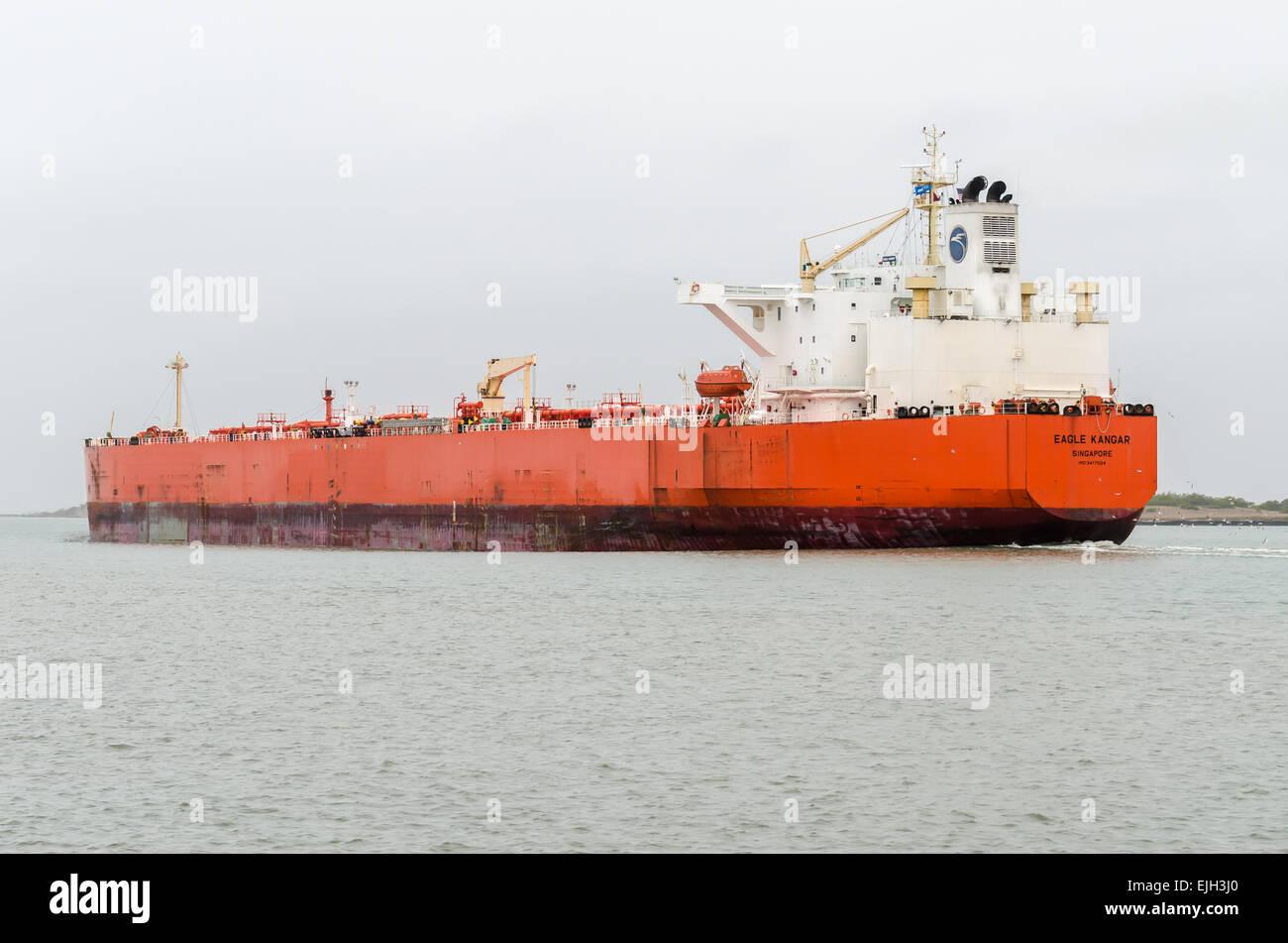 EAGLE KANGAR CRUDE OIL TANKER Gross Tonnage: 60379 Built