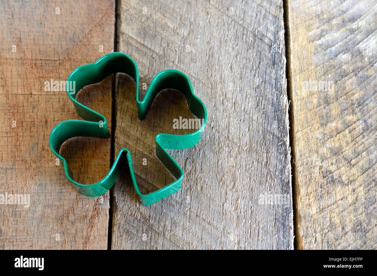 Clover on pallet wood board - Stock Image