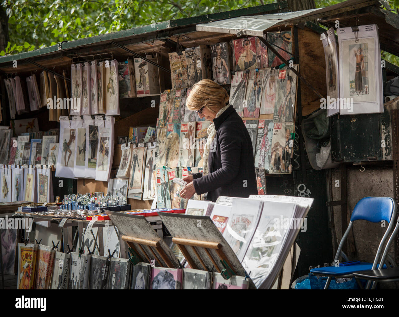 Bookseller stalls by the Seine, Paris, France - Stock Image