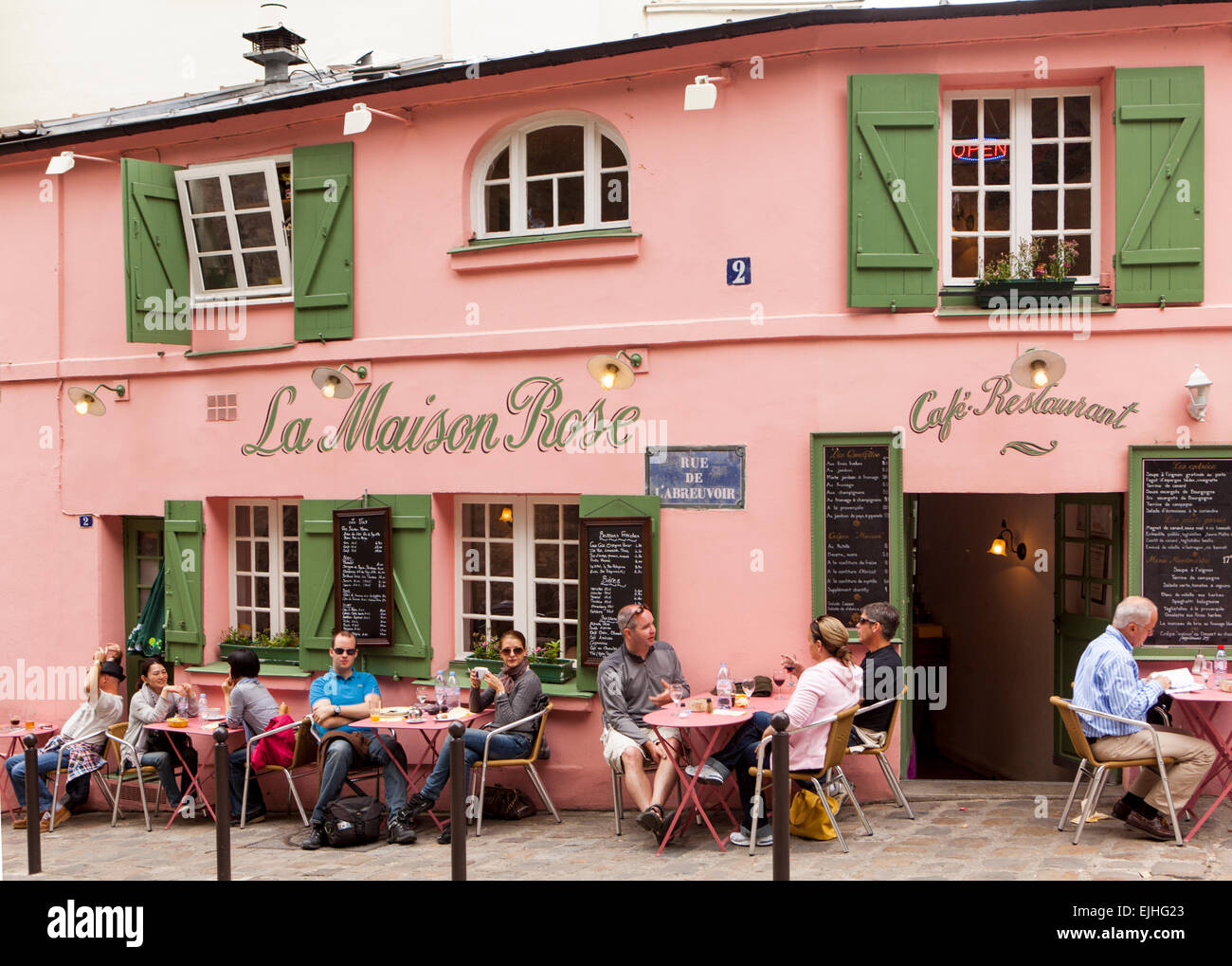 outdoor eating at la maison rose cafe montmartre paris france stock photo 80291067 alamy. Black Bedroom Furniture Sets. Home Design Ideas