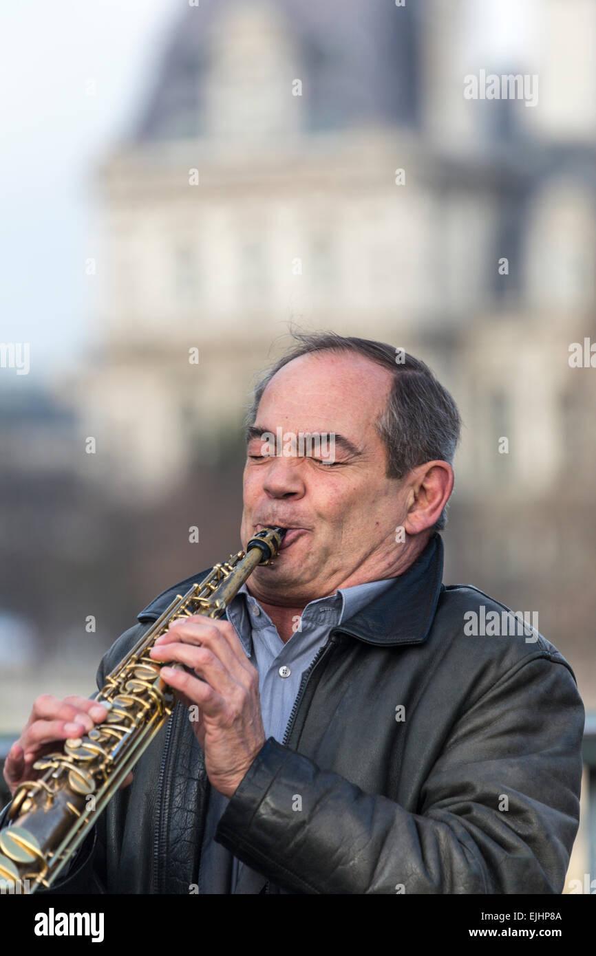 Street musician, Paris, France - Stock Image