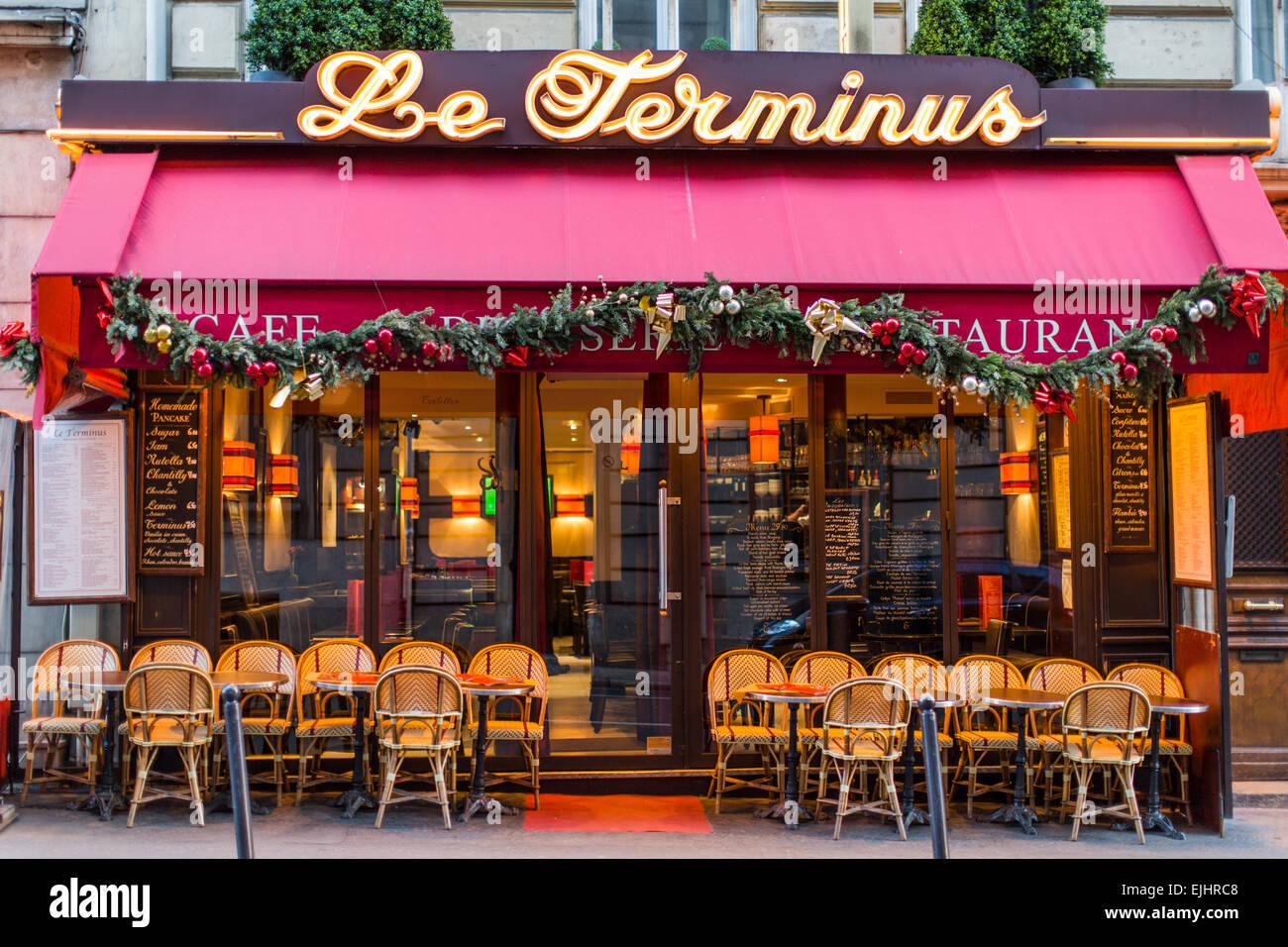 Cafe Bistro Le Terminus Paris France Stock Photo
