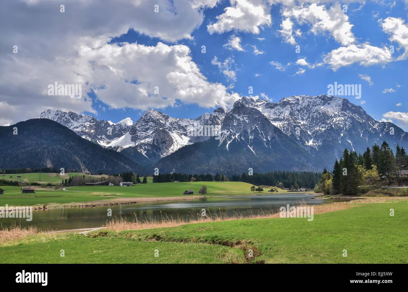 Upper Bavaria Youthhostel Mittenwald Schmalensee, Lake Schmalsee, Karwendel mountain range - Stock Image