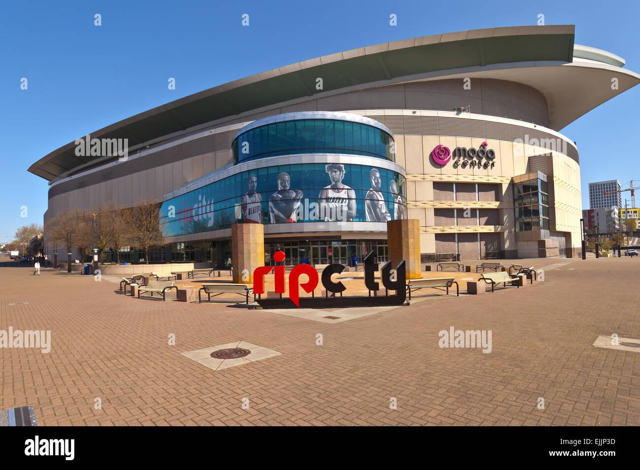 rose quarter moda center portland oregon stock photo 80317761 alamy rh alamy com moda center portland oregon seating chart moda center portland oregon address
