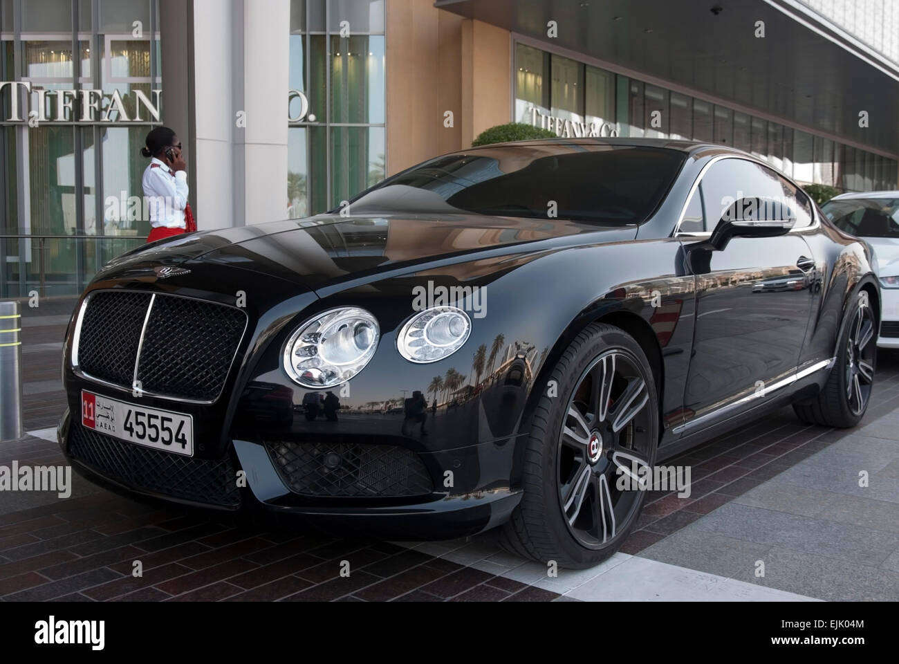 Black Shiny Sports Car High Resolution Stock Photography And Images Alamy