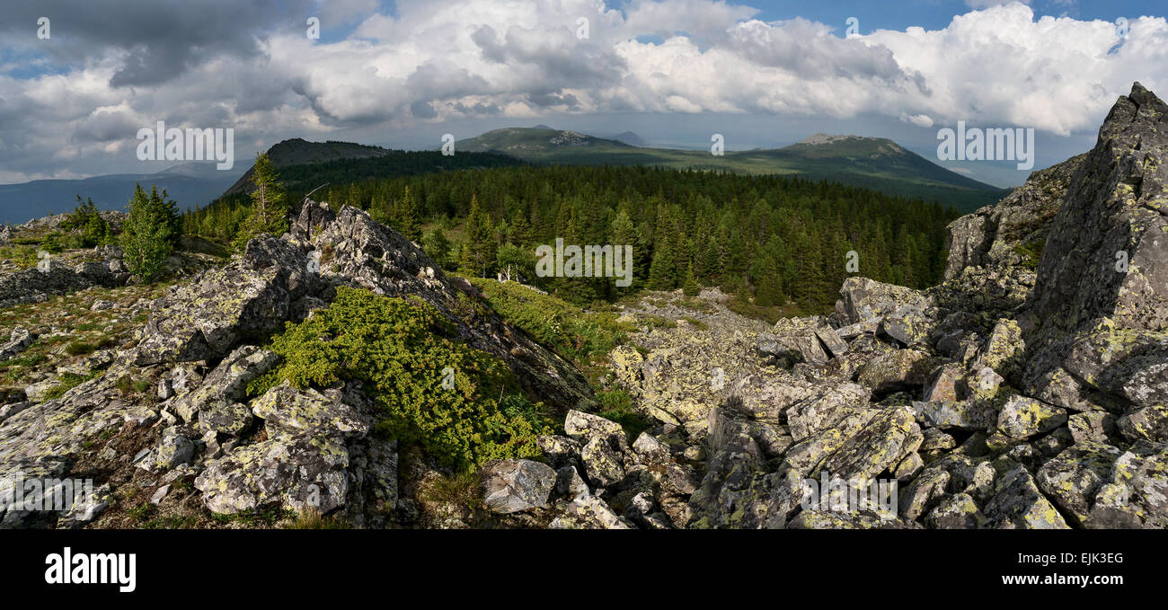 Mount Kachkanar (Middle Ural): geographical location, flora and fauna, Buddhist monastery 51