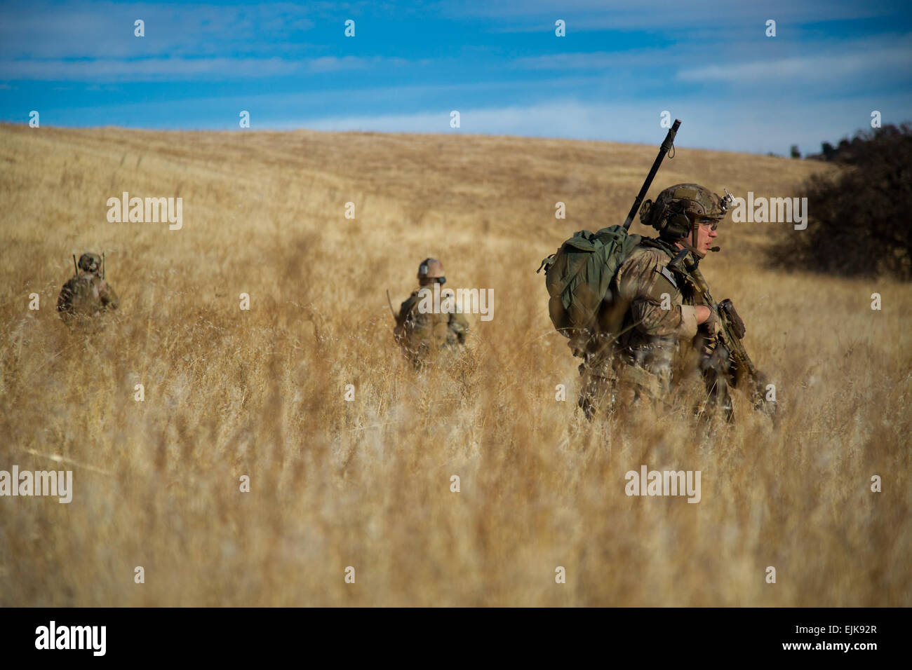 U.S. Army Rangers, assigned to 2nd Platoon, Alpha Company, 2nd Battalion, 75th Ranger Regiment, infiltrate an objective - Stock Image