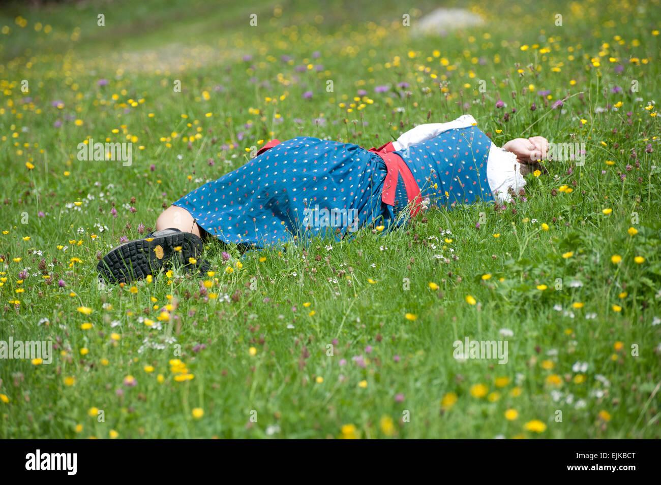 Schlafende Frau am Pfeifertag, Blaa Alm, Altausseee, Salzkammergut, Styria, Austria - Stock Image