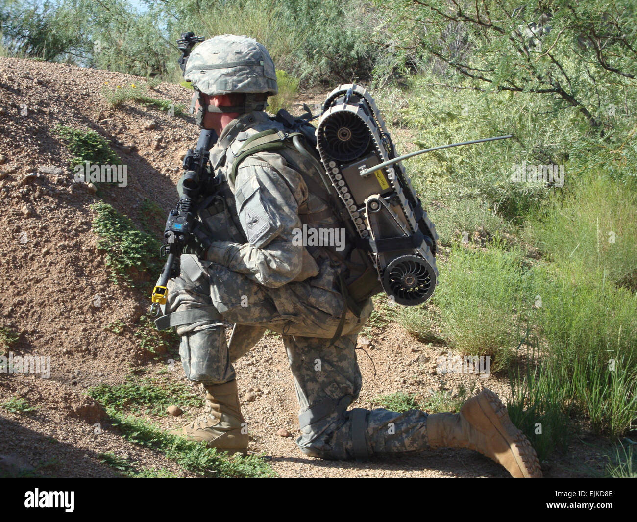 An Army Evaluation Task Force AETF Soldier waits for exercises to begin during the Limited User Test, Media Day - Stock Image