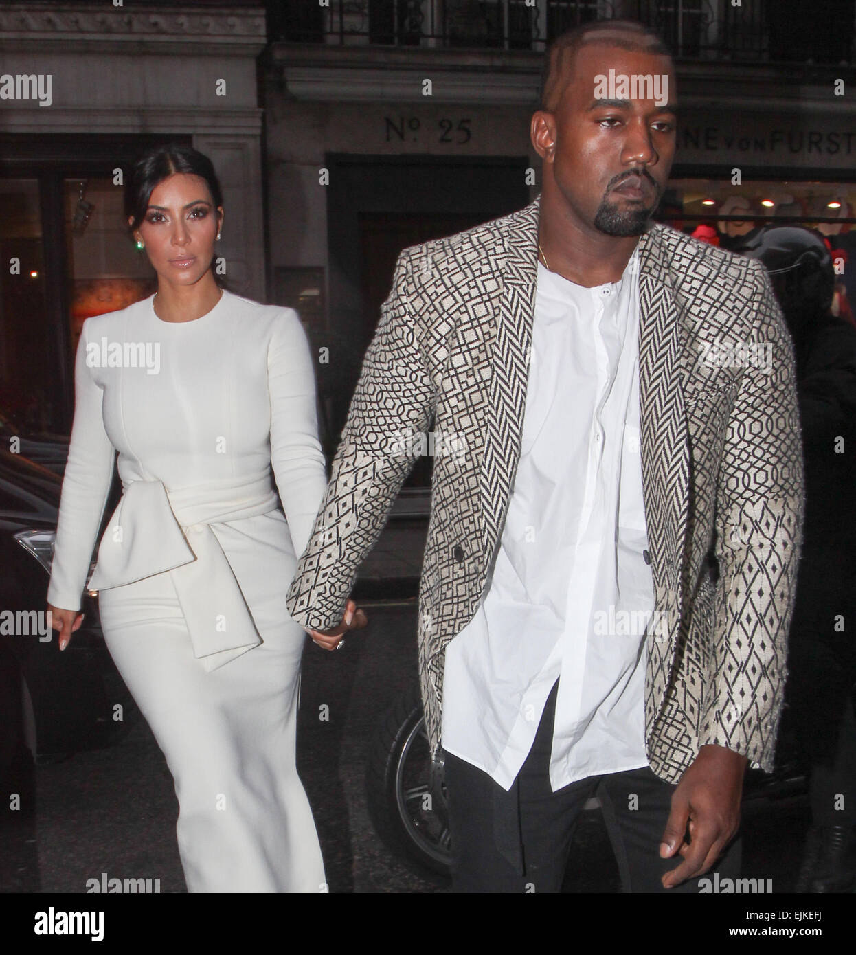 Kim Kardashian and Kanye West arrive for a dinner at Hakkasan Stock ...