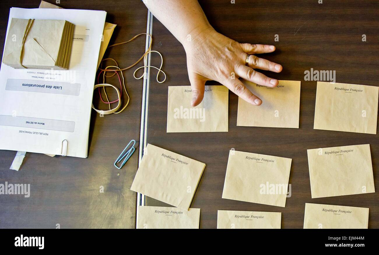 Seyne Les Alpes, France. 29th Mar, 2015. Ballot card envelopes for the 2nd round of cantonal elections on a table - Stock Image