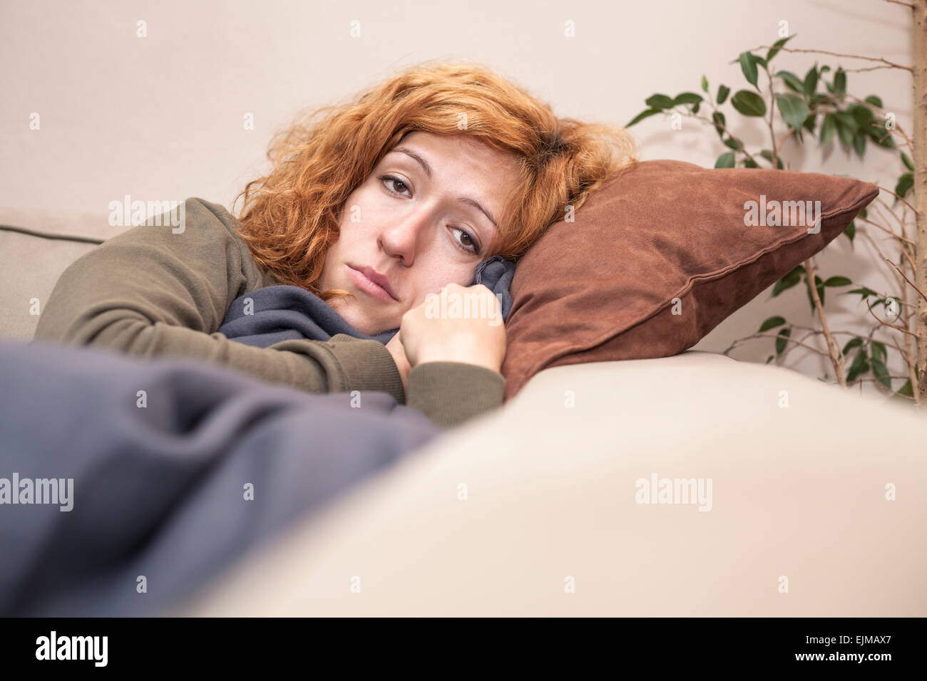 mature-redhead-sofa-potter-hardcore