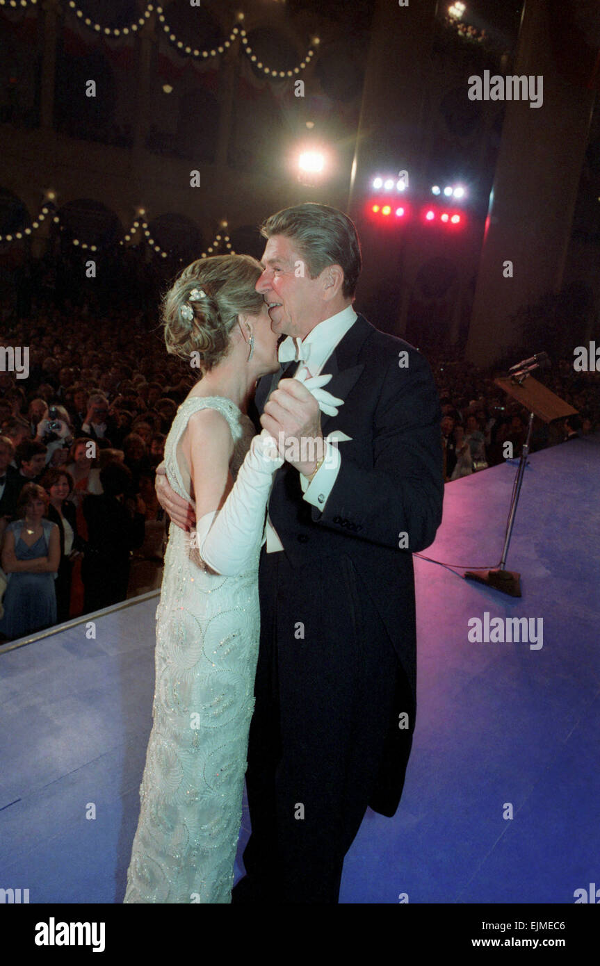 US President Ronald Reagan dances with First Lady Nancy Reagan during the Inaugural Ball at the Pension Building - Stock Image