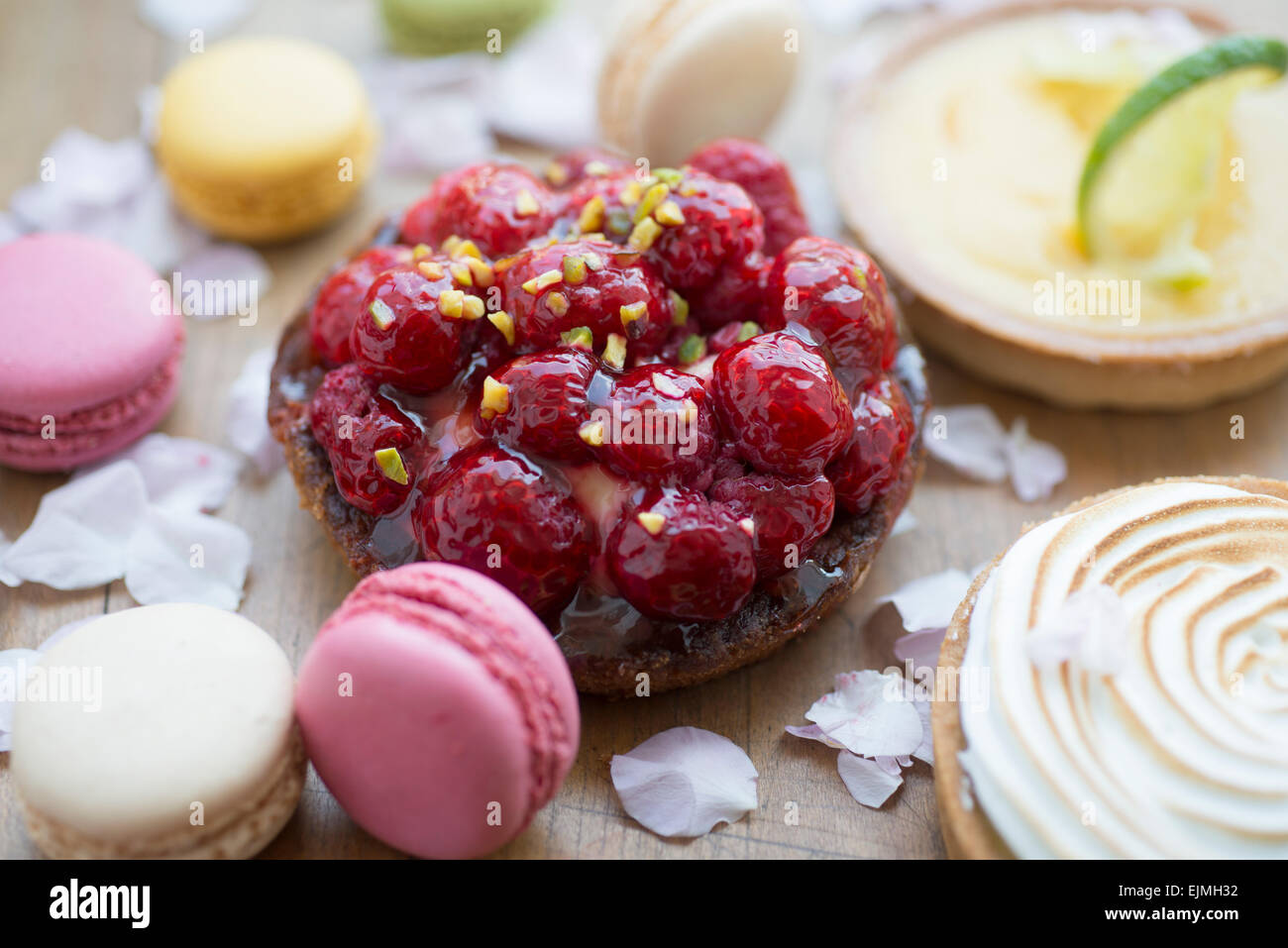 Raspberry tart from high end patisserie, Paris, France - Stock Image