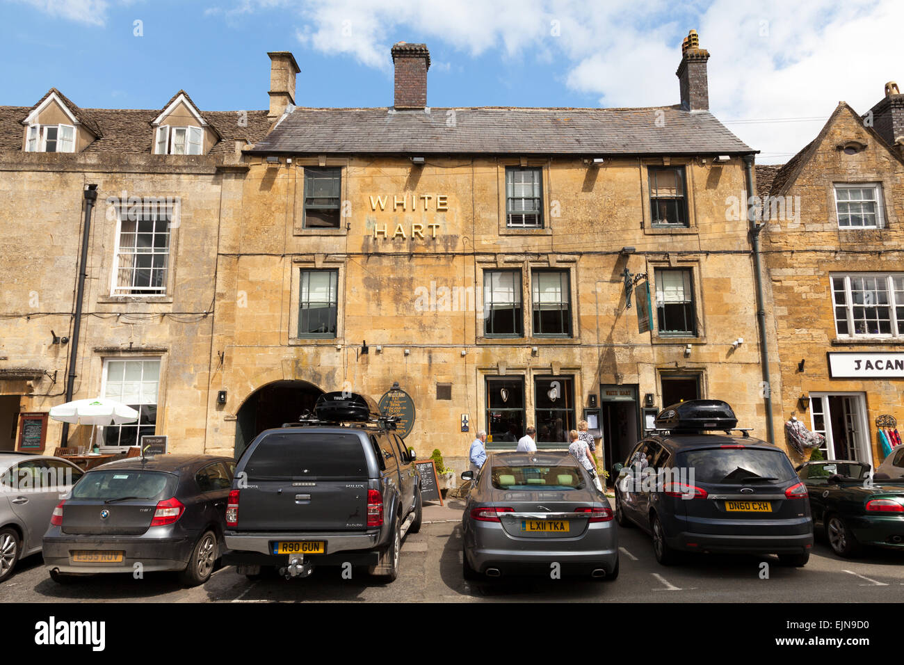 The White Hart, Stow-on-the-Wold, The Cotswolds, Gloucestershire, England, U.K. Stock Photo