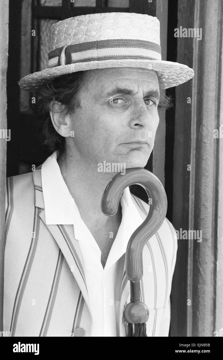 Sylvester McCoy as Doctor Who seen here filming at the Majestic Holiday Camp on Barry Island, South Glamorgan, Wales - Stock Image