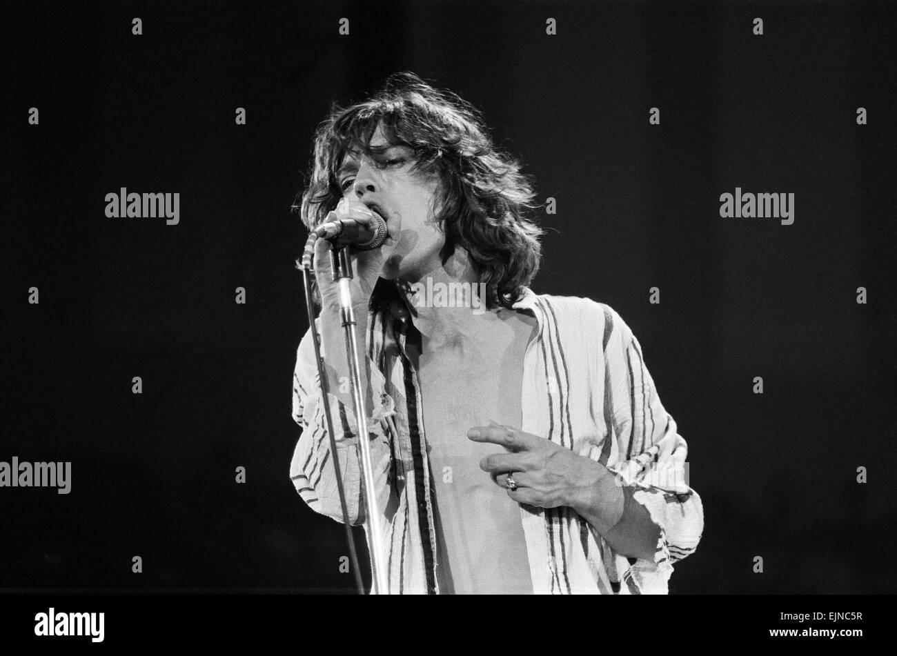 The Rolling Stones in concert at Hemisfair Plaza Arena & Convention Centre, San Antonio, Texas. Mick Jagger on stage. Stock Photo