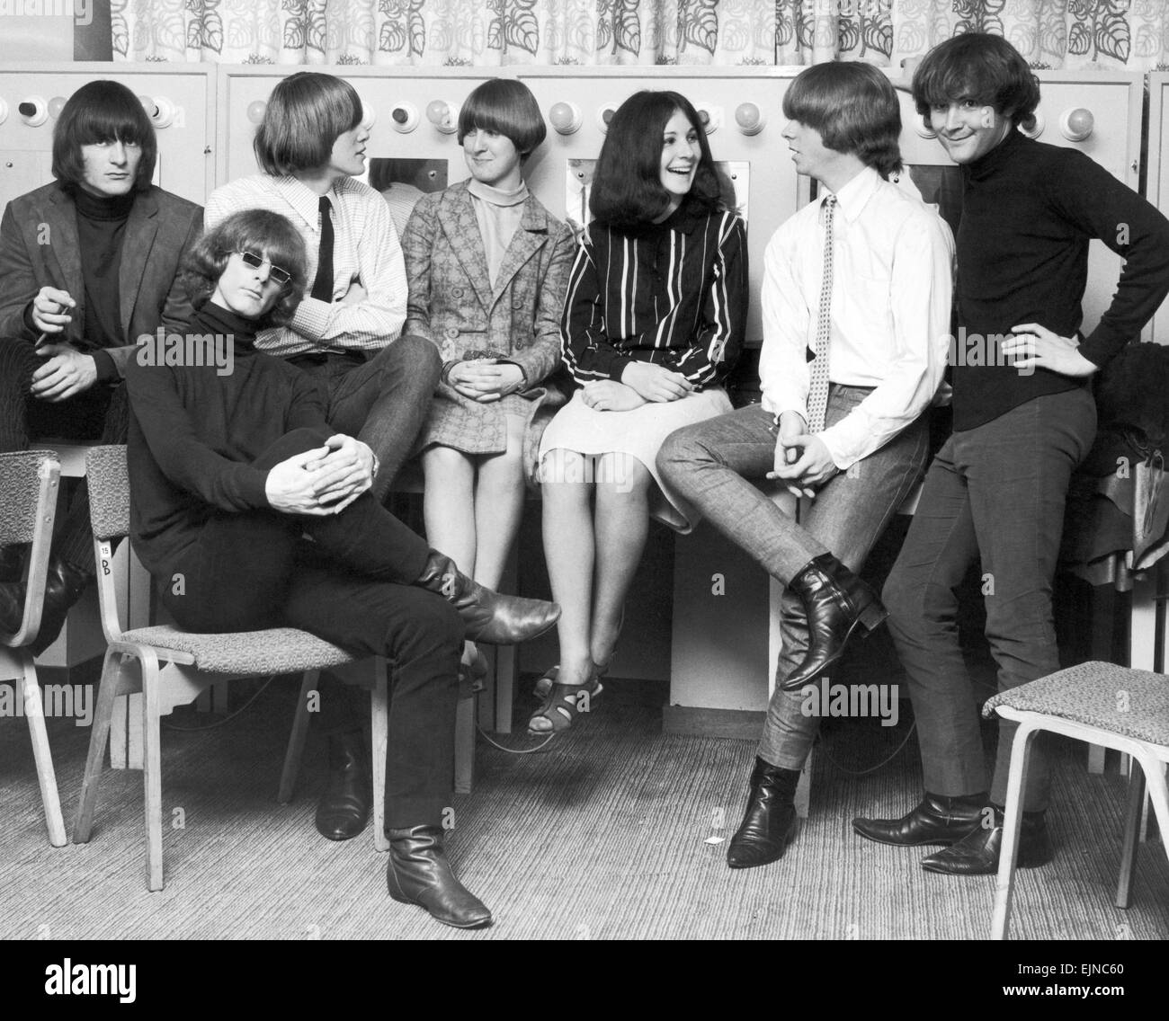 The Byrds at Fairfield Hall in Croydon, South London, 18th August 1965. Astri Hansen (left) and Jenny Harrison meet Stock Photo