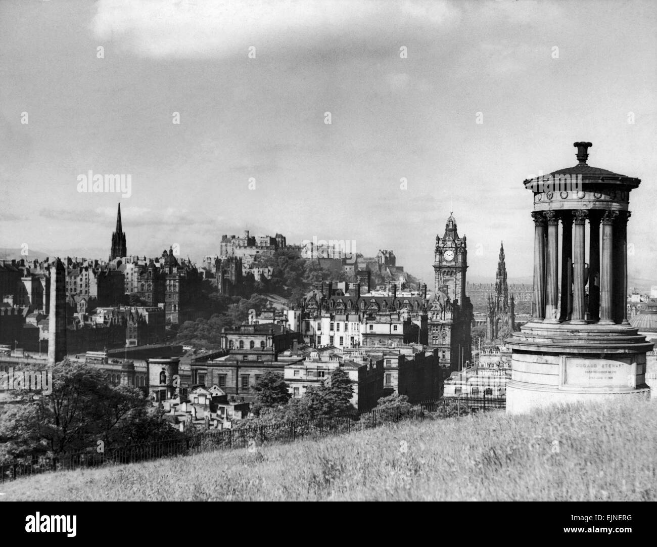 A view of Edinburgh showing the Castle, June 1947 - Stock Image
