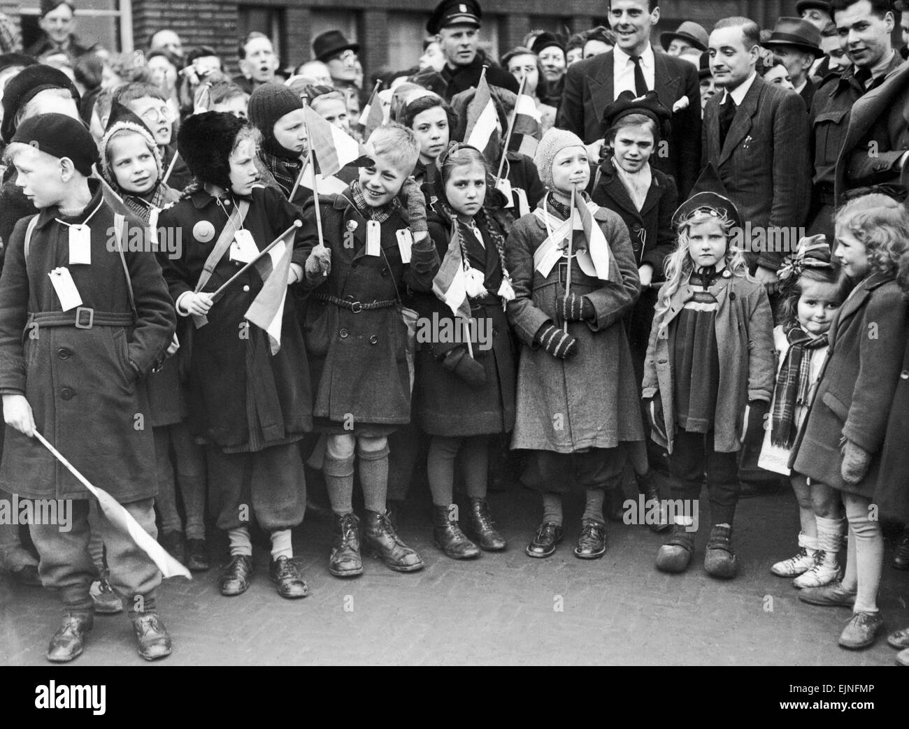 Dutch children being evacuated to Coventry due to lack of food, ready to go after being labelled and given flags Stock Photo
