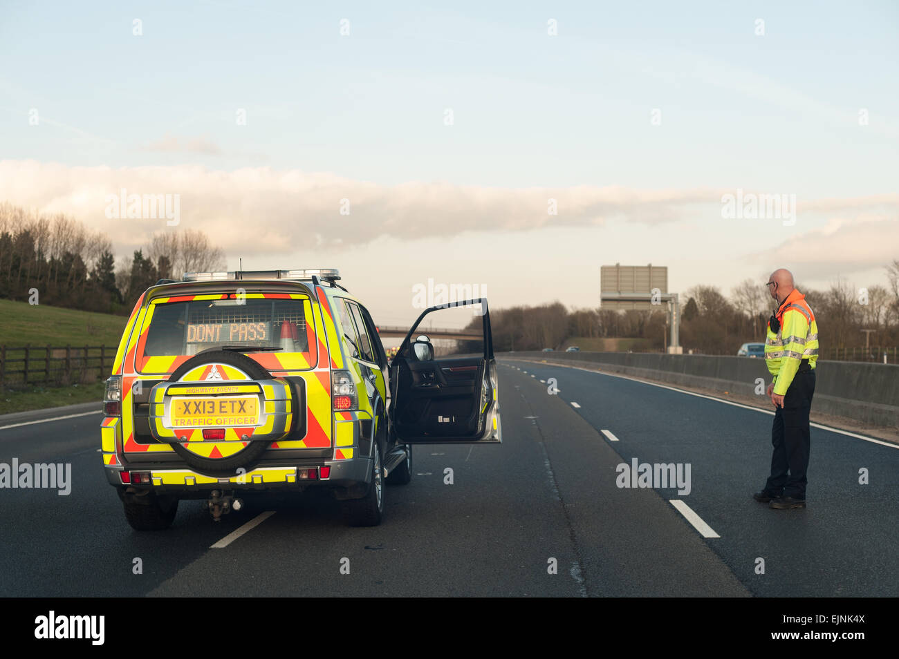 Motorway closure on M25 27 march as no hard shoulder now a 4 lane road so any accident can shut down the highway - Stock Image