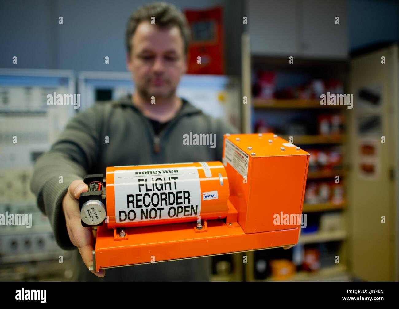 Braunschweig, Germany. 30th Mar, 2015. Jens Friedemann shows a flight recorder at the German Federal Bureau of Aircraft - Stock Image
