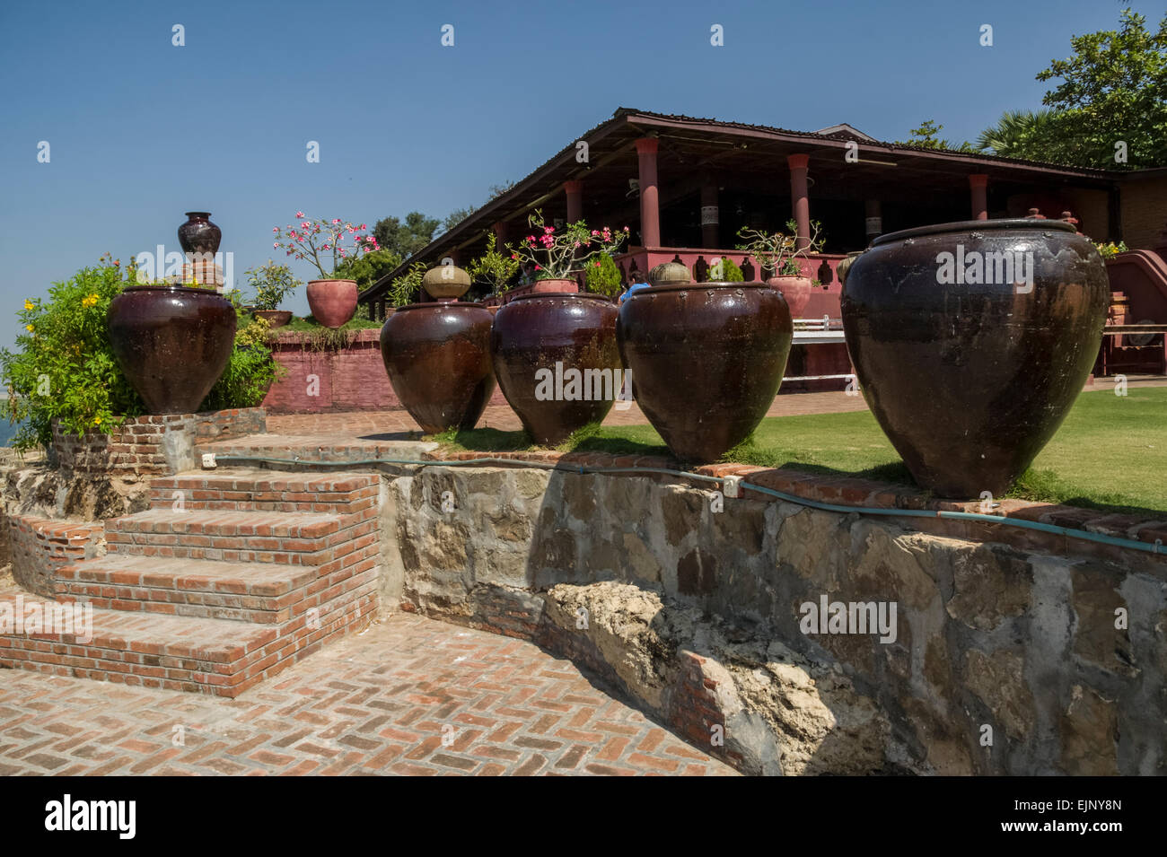 Pots, water storage jars - Stock Image
